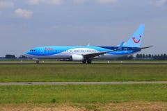 Arke Boeing 737 στο τρέξιμο απογείωσης Στοκ Εικόνες