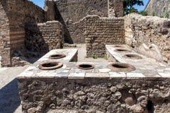 Arkeologiområde av Ercolano Arkivbild