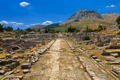 Arkeologisk plats av forntida Corinth Arkivfoton
