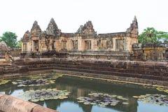 Arkeologisk plats för en khmer av Prasat Muang Tam i det Buriram landskapet, Thailand Fotografering för Bildbyråer