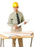 Arkitekt i skjorta och tie som ha på sig en hård hatt royaltyfria bilder