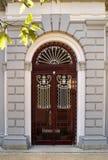 Arkitektonisk dörrdetalj av termiska Pedras Salgad Arkivfoton