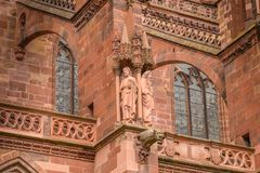 Arkitektonisk detalj av domkyrkan av vår dam av Freiburg Royaltyfria Foton