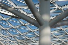 Arkitektonisk detalj av en modern byggnad Royaltyfri Fotografi