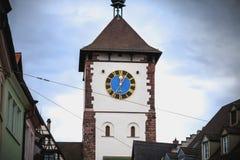 Arkitektonisk detalj av en port för forntida stad, dörren Swabian av Freiburg im Breisgau arkivbild