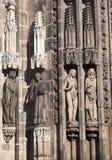 Arkitektonisk detalj av kyrkan Arkivfoton