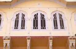 Arkitektonisk detalj i Jaipur stadsslott Arkivfoton