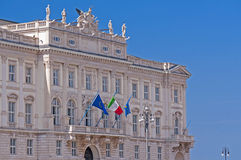 Arkitektonisk detalj i Trieste royaltyfria bilder