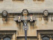 Arkitektonisk detalj på Oxford universitetet för högskola för St John ` s royaltyfria foton