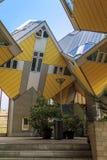Arkitektonisk geometri Rotterdam Arkivbild