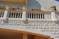 Arkitektonisk gränsmärke av den Bahai templet i Haifa israel fotografering för bildbyråer