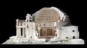 Arkitektonisk skalamodell av panteon i Rome royaltyfri foto