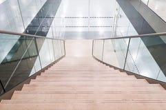 Arkitektonisk trappuppgång royaltyfri fotografi