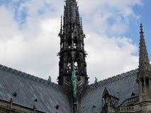 Arkitektoniska detaljer av Notre Dame de Paris Notre Dame Cathedral - den mest berömda gotiska Roman Catholic Cathedral 1163-1345 fotografering för bildbyråer