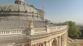 Arkitektoniska detaljer av Odessa Opera och balettteaterbyggnad arkivfilmer