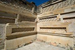 Arkitektoniska detaljer för Mitla tempel Fotografering för Bildbyråer