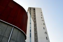 Arkitektoniska detaljer och fönster Arkivfoton