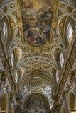 Arkitektoniska detaljer och inre av det kyrkliga helgonet Agnes & x28; Jultomten Arkivbilder