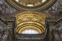 Arkitektoniska detaljer och inre av det kyrkliga helgonet Agnes in sedan Arkivbilder