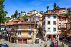 Arkitektoniska Urban Buldings på Porto Portugal Arkivfoto