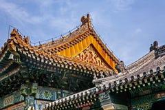 Arkitektoniskt tak för traditionell kines royaltyfria foton
