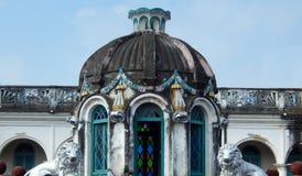 Arkitektur av 110 år gammalt Kekini mahal som byggs av challapallirajor Royaltyfri Foto