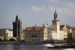 Arkitektur av den gamla staden i Prague Arkivfoto