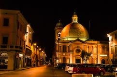 Arkitektur av den italienska staden Arkivfoto