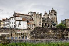Arkitektur av Porto, Portugal royaltyfria bilder