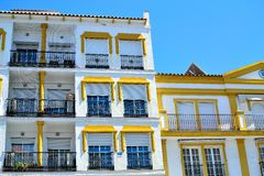 arkitektur av San Pedro de Alcantara, Costa del Sol, Spanien Royaltyfri Fotografi