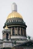 Arkitektur av St Petersburg, Ryssland Domkyrka för helgonIsaak ` s Arkivfoto