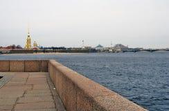 Arkitektur av St Petersburg, Ryssland Peter och Pauls fortess Arkivbilder