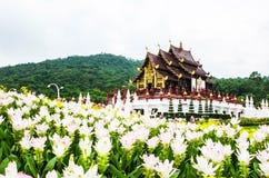 Arkitektur i den Lanna stilen, Chiang Mai, Thailand royaltyfri bild