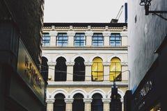 Arkitektur i mitt för stad för Dublin ` s nära Grafton Street Royaltyfri Foto