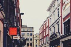 Arkitektur i mitt för stad för Dublin ` s nära Grafton Street Royaltyfria Bilder