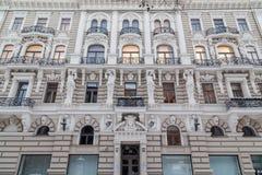 Arkitektur i Riga längs den Elizabetes ielaen arkivbild