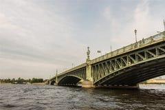 Arkitektur i St Petersburg, Ryssland Arkivfoton