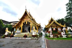 arkitektur kyrkliga nordliga thailand Royaltyfri Fotografi