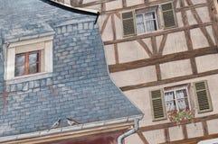 Arkitektur med målning för optisk illusion på väggen Royaltyfri Bild