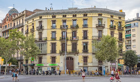 Arkitektur nära Båge de Triomf i Barcelona Royaltyfri Fotografi