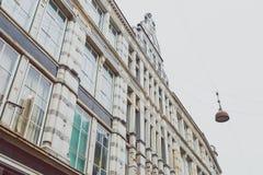 Arkitektur och byggnader i den berömda shoppinggatan av Stro Royaltyfri Bild