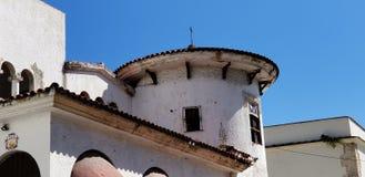 Arkitektur och gammal historisk byggnad finns i överflöd i Santo Domingo royaltyfri bild