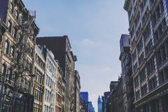 Arkitektur och härliga byggnader längs Broadway i Manhattan Fotografering för Bildbyråer