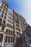 Arkitektur och härliga byggnader längs Broadway i Manhattan Royaltyfri Bild