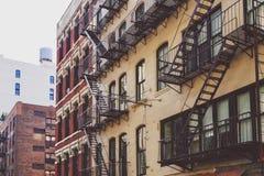 Arkitektur och härliga byggnader längs Broadway i Manhattan Royaltyfri Fotografi