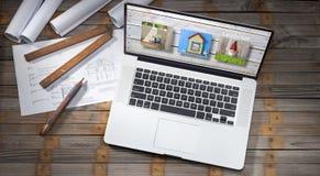 Arkitektur planerar datoren Fotografering för Bildbyråer