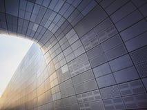Arkitektur specificerar futuristisk väggdesign för modern byggnad Arkivbild