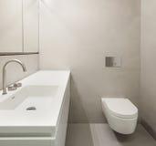Arkitektur tomt badrum arkivfoto