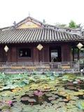 Arkitekturdesign för kinesisk stil av den historisk forntida vietnamesisk kejsare FÖRBÖD SLOTTEN Royaltyfria Foton