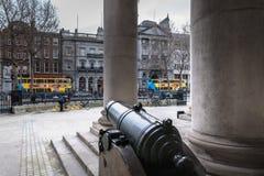 Arkitekturdetalj av Bank of Ireland i Dublin royaltyfri bild